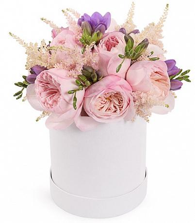 Пионовидные розы в коробке купить